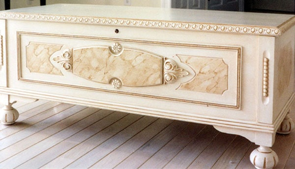 glaze chest - How To Do An Antique Glaze On Painted Furniture - Painted Furniture