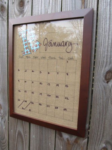 DIY Burlap Dry Erase Calendar