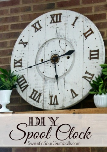 DIY-Large-Wood-Spool-Clock-Tutorial-e1436965564101