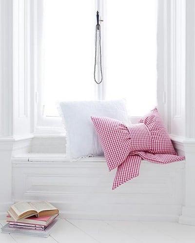 Gingham Fabric Bow Cushion Pillow Tutorial