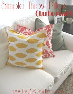 Simple Throw Pillow Tutorial