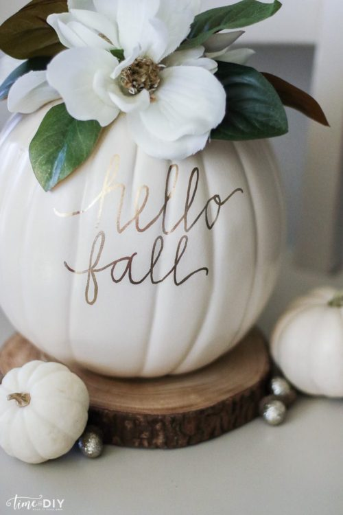 white pumpkin fall decorations