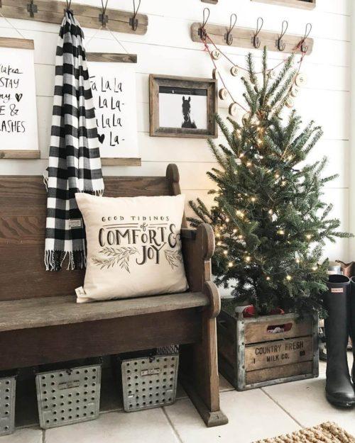 farmhouse winter christmas - A Farmhouse Christmas