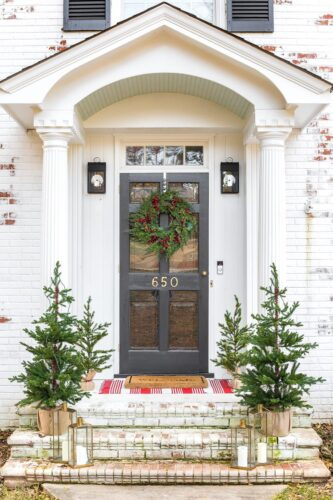FARMHOUSE white doorway
