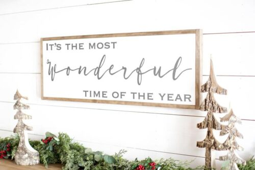 wonderful FARMHOUSE sign for christmas