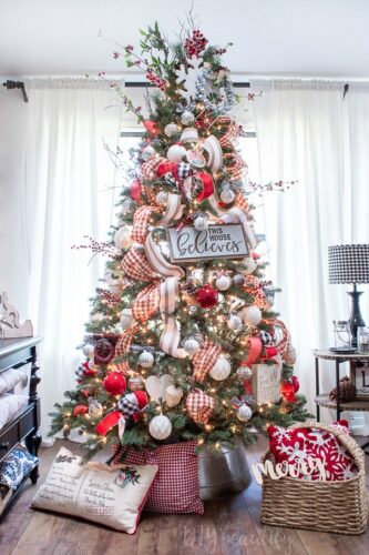 Christmas Farmhouse tree decor